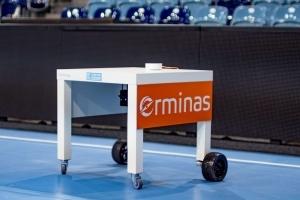Prototyp des Hilfstischs für Rollstuhlfahrer